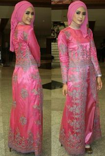 Contoh Kebaya Pesta Muslim Warna Pink