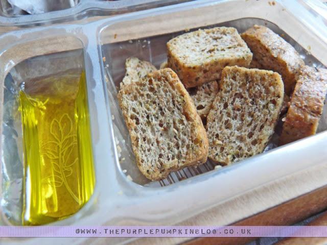 graze box - nature delivered {crunchini basilico}