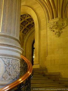 Treppe im Hamburger Rathaus