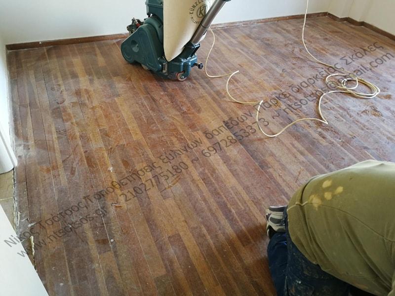 Συντήρηση σε ξύλινο πάτωμα Νιανγκόν με ματ βερνίκι