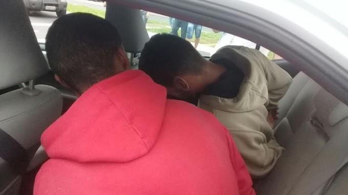 CACHOEIRINHA | Ladrões de carro são presos na Avenida Flores da Cunha