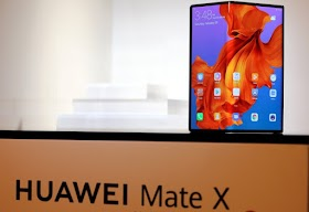 what do we get for 2300 euros? Foldable phone Huawei under the microscope !