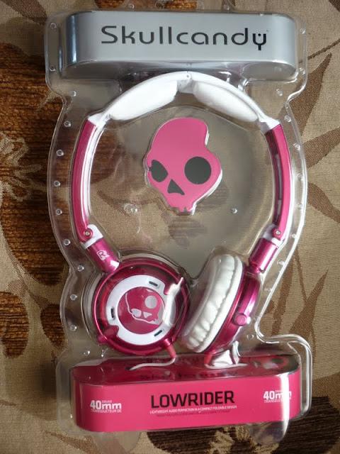 Skullcandy Lowrider pink headphones