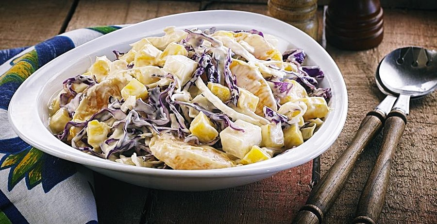 Receita: Salada de Repolho com Frutas 🥗