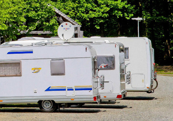 Son locataire ne paie pas depuis trois ans, une propriétaire doit vivre dans un camping-car