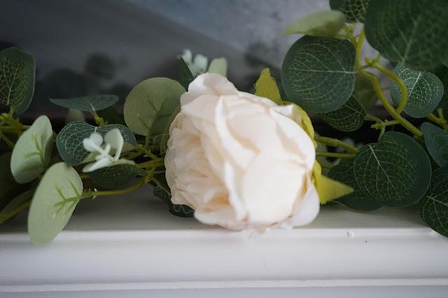 Blush rose garland