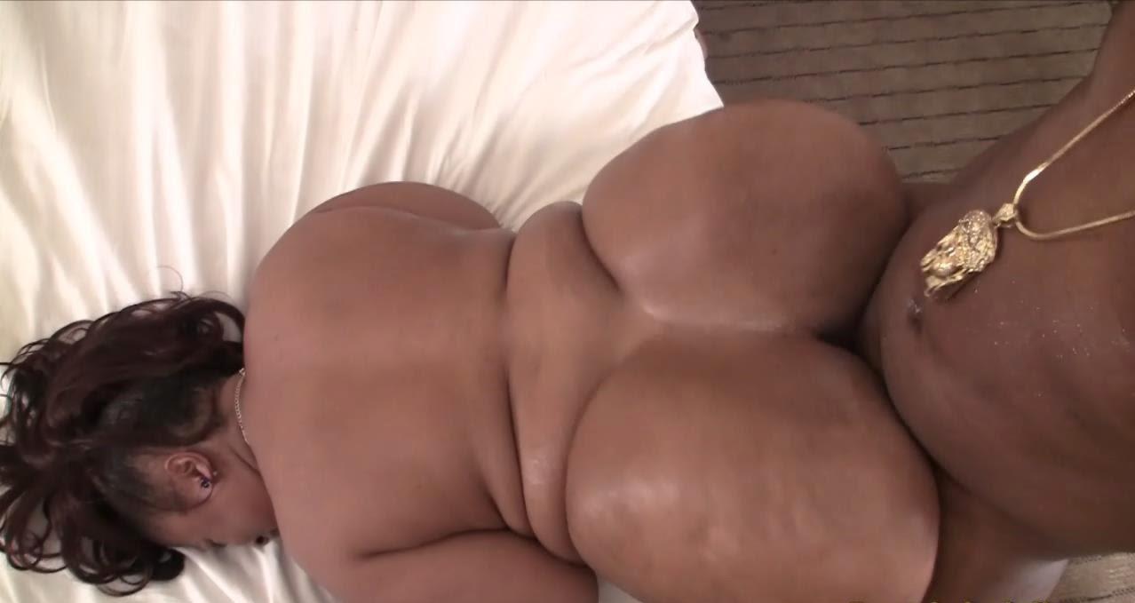 Big booty xxx