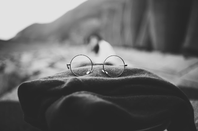 Glasses, Black and White Wallpaper