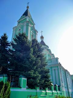 Браїлів. Свято-Троїцький монастир