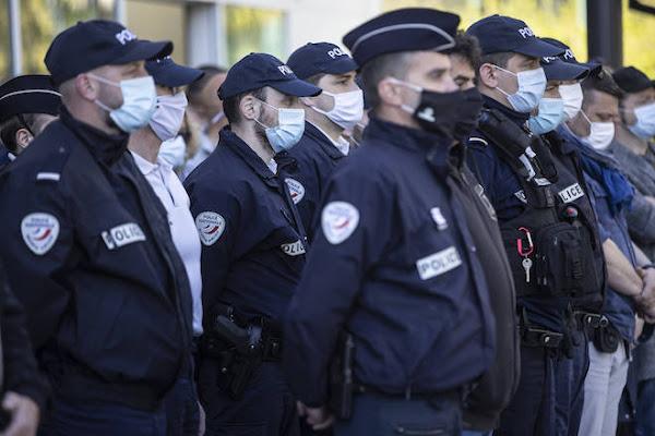Vote RN dans la police : une réaction « par désespoir » selon la syndicaliste Linda Kebbab