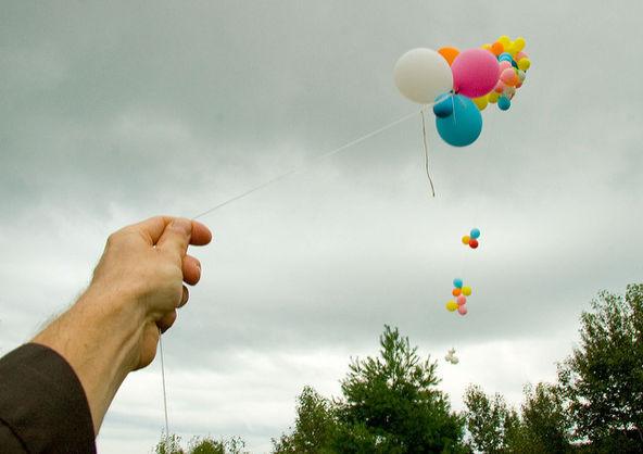 Причиною масового отруєння школярів у Польщі стали повітряні кульки