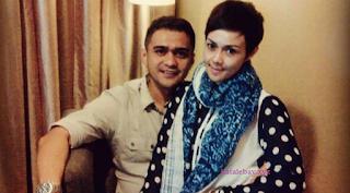 Foto Iyeth Bustami dengan Suaminya