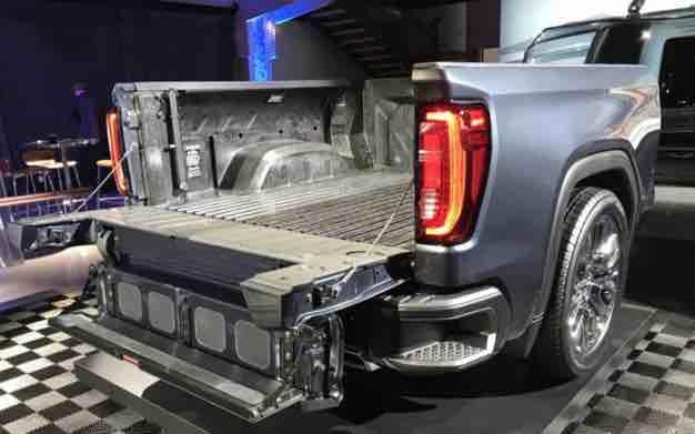2020 GMC Sierra Denali Tailgate