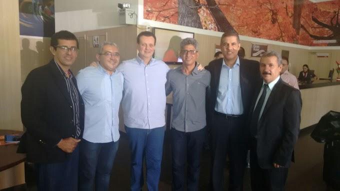 Executiva do PSD Caxias e vereadores eleitos prestigiam encontro de Ministro das Comunicações Gilberto Kassab em THE