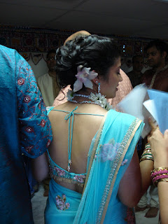 Bengali homely aunties hot back and hips