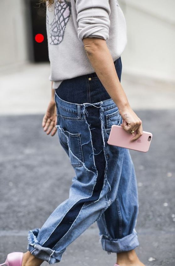 street style addiction / sweatshirt + boyfriend jeans + pink heels