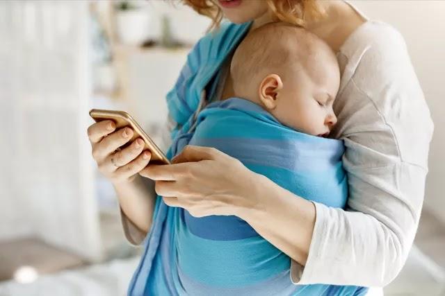 Yenidoğan bebekler sallanmayı ve kucakta uyumayı rahatlatıcı bulur. Peki bebeğin uyku düzenini oluşturmak için bu yöntem doğru mu?