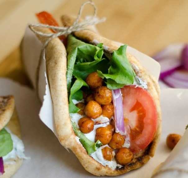 ROASTED CHICKPEA GYROS #vegetariandinner #sandwiches