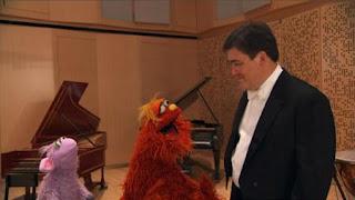 Murray and Ovejita, the people in your neighborhood Conductor Alan Gilbert, Sesame Street Episode 4324 Trashgiving Day season 43