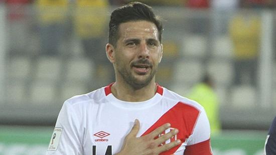 Pizarro thi đấu trong màu áo của nhiều CLB.