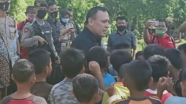 Tak Pakai Masker Depan Anak-anak, Ketua KPK Firli Dilaporkan ke Dewan Pengawas