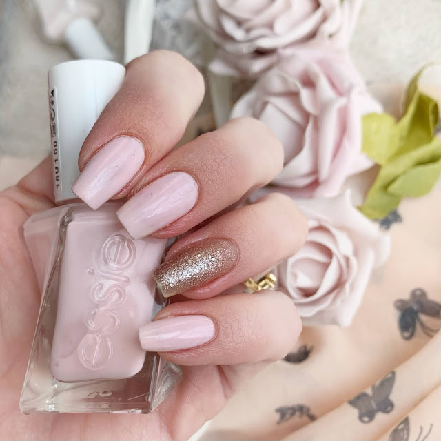 matter-of-fiction-swatch-essie-gel-couture-nails