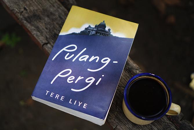Novel Pulang-Pergi Karya Tere Liye