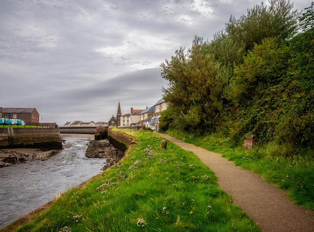 Photo of the footpath along the River Ellen at Maryport