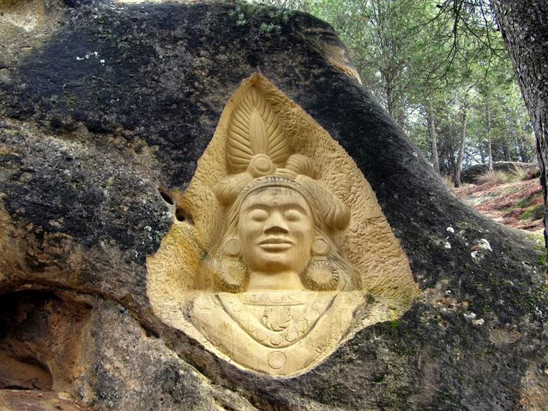 The beautiful landscape in the area are 18 carved faces and bas-reliefs. This is the La Ruta de las Caras, or in English, the Route of the Faces.
