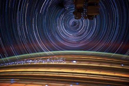 Τα αστέρια σε κίνηση μέσα από τον Διεθνή Διαστημικό Σταθμό