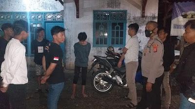 Patroli Malam, Polsek Serang Bubarkan Kerumunan & Himbau Prokes