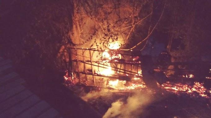 Caminhão cai de ponte na Transamazônica e pega fogo, próximo a cidade de Uruará