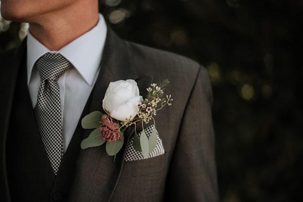 kāzu valsis, sarakstīties ārā, zakss, baznīca, mazais kāzu ceļojums, vedēji, ko dara vedēji, kāzas, ielūgumi