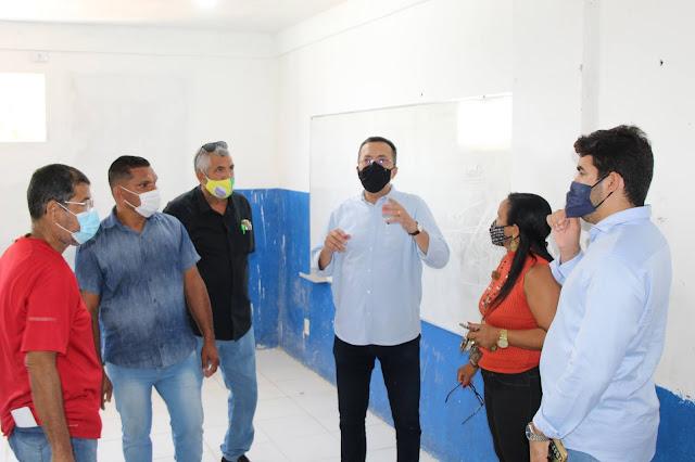 Vereadores e secretário de Educação fazem visitas técnicas nas escolas de Goiana