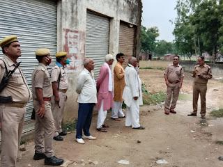 #JaunpurLive :   ग्राहक सेवा केन्द्र में असलहे के बल पर बदमाशों ने लूट की घटना को दिया  अंजाम