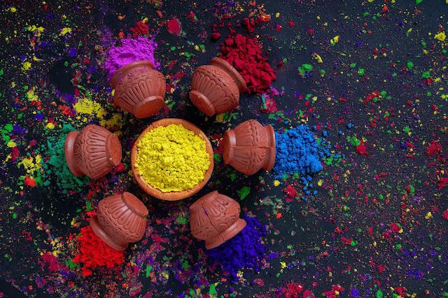 Colors- gulaal