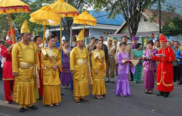 Pakaian Adat Sulawesi Utara Sangihe Talaud