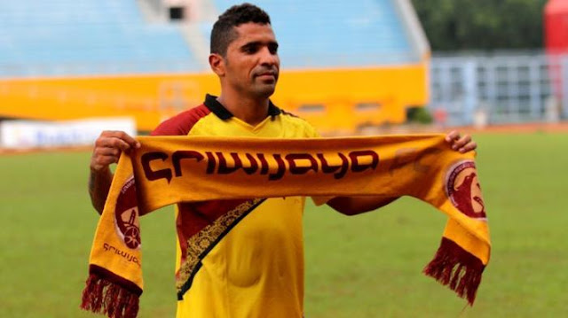 Pemain Depan Sriwijaya FC di Torabika Soccer Championship Tahun 2016, Alberto Goncalves (sumber foto : internet)