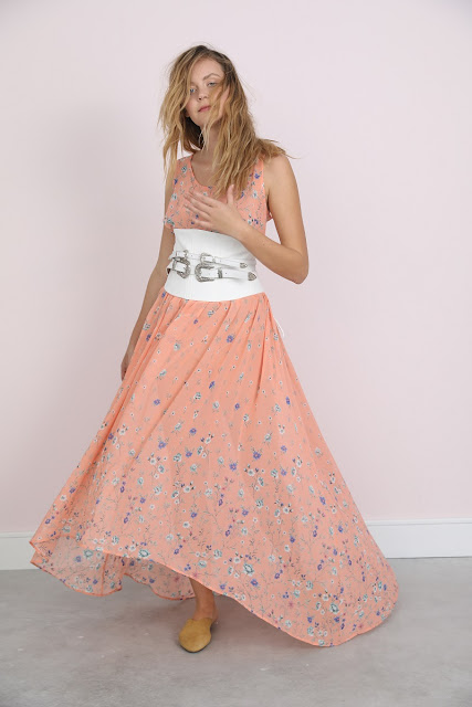 הגרה, רות ברונשטיין בלוגרית אופנה, צרכנות ולייף סטייל