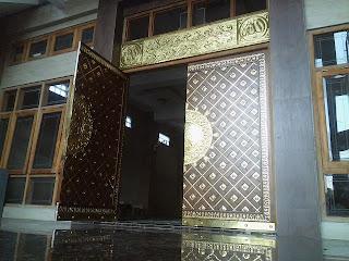 Replika Pintu Kakbah Kuningan - Kerajinan Seni Ukir Tembaga Kuningan - jaya indah logam