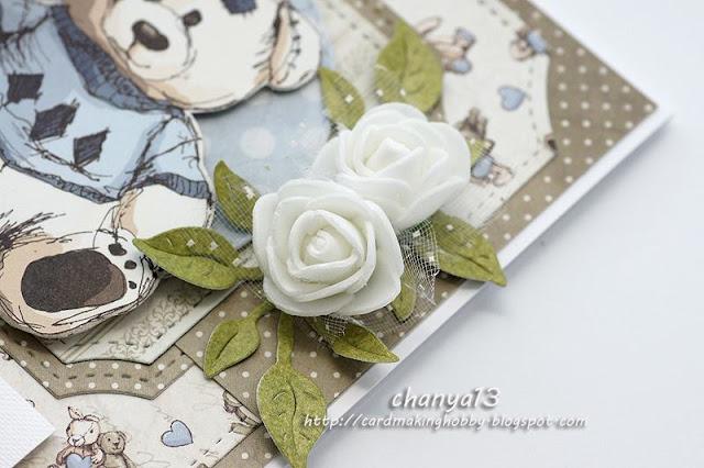 piankowe białe róże z tiulem