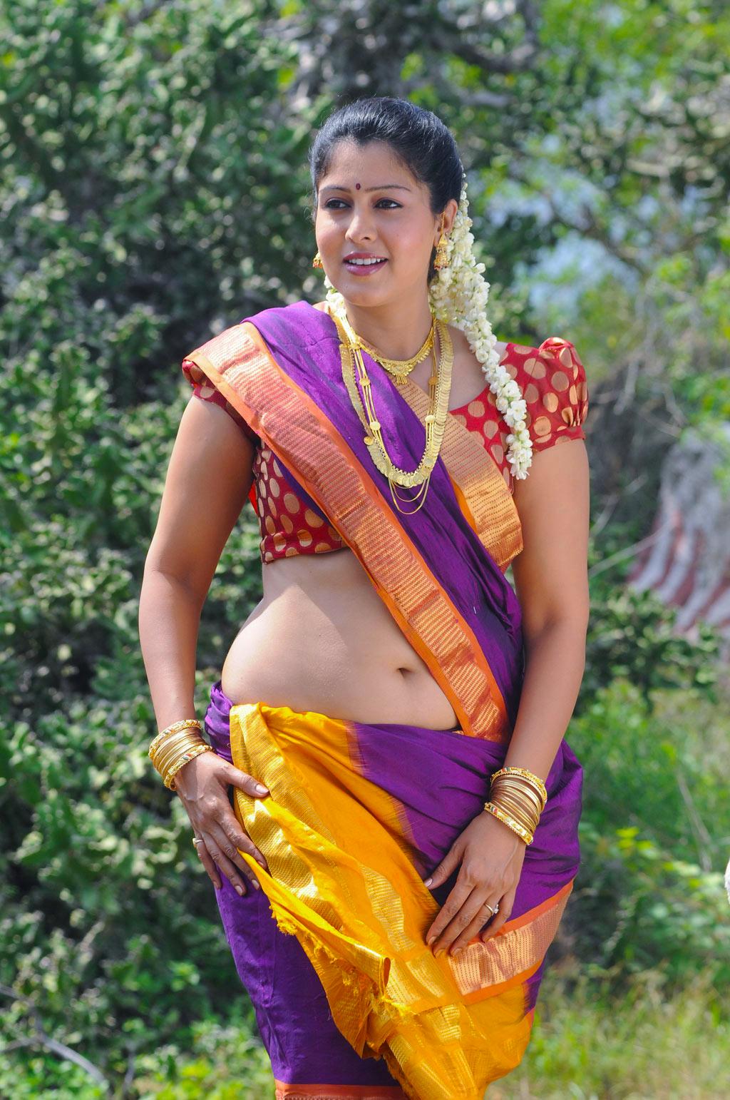 Shweta menon hot in saree photos