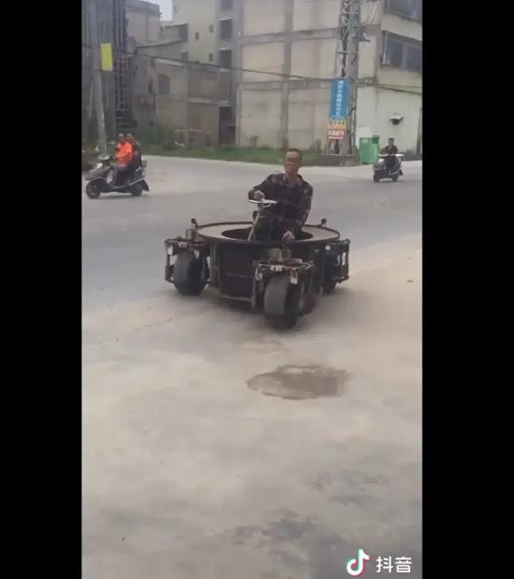 Mobil Turret Roda Tiga