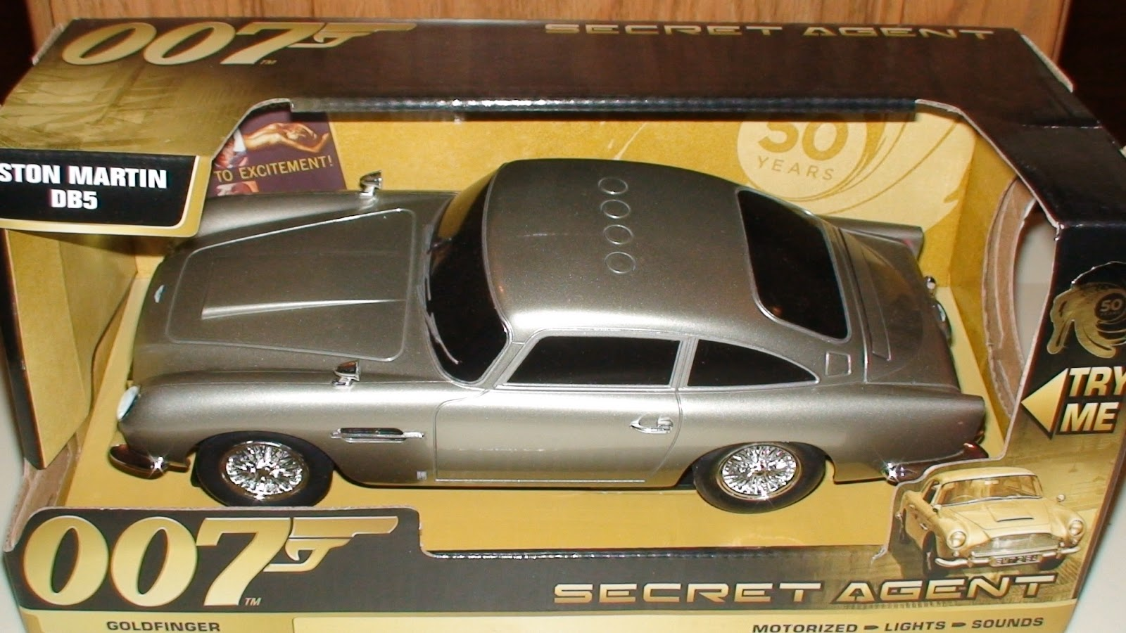 007, James Bond, Secret Agent vehicle, Toystate, holiday gifts