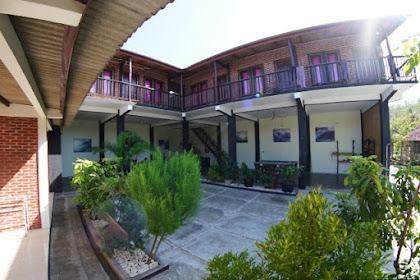 Hotel, Guest House dan Homestay di Pantai Watu Karung