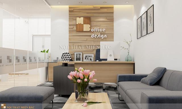 Không gian thiết kế nội thất phòng làm việc hoàn hảo cho lãnh đạo với khu vực bàn làm việc giám đốc và khu vực bàn ghế sofa để tiếp khách.