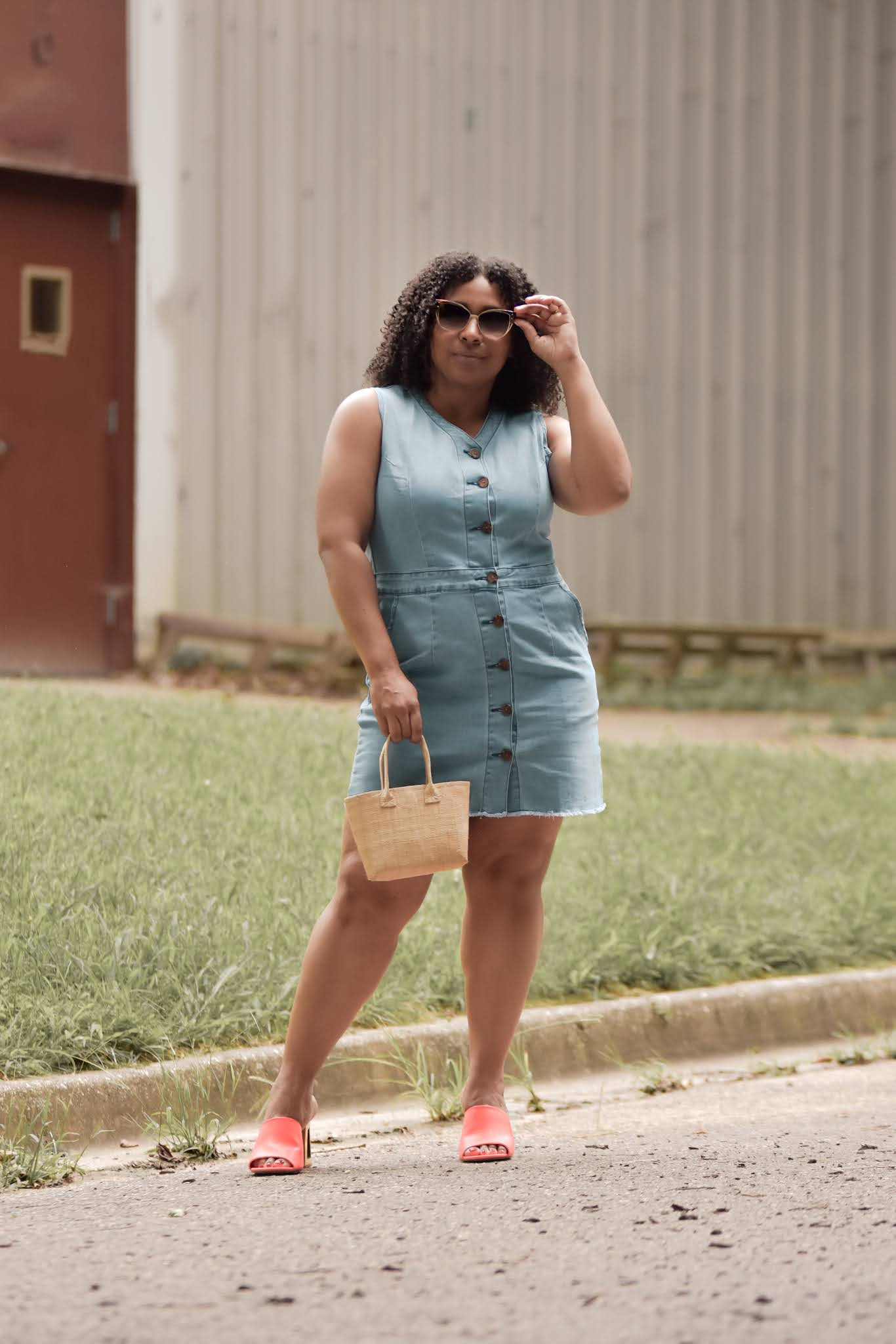 lookbook store, lookbook tsore reviews, denim dress, denim dress outfit ideas, how to style denim, denim trend 2020, pattys kloset, fashionable mom outfits