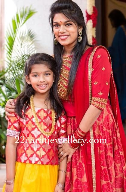 Sreeja Daughter Nivrithi Kasu mala