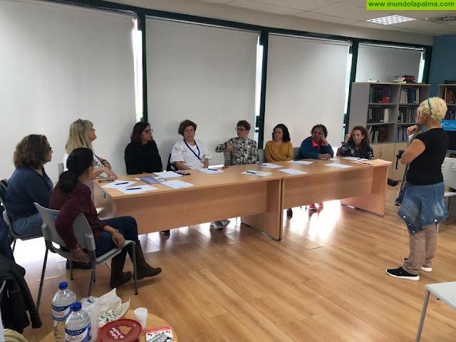El SCS celebra los primeros talleres de la Escuela de Pacientes de La Palma