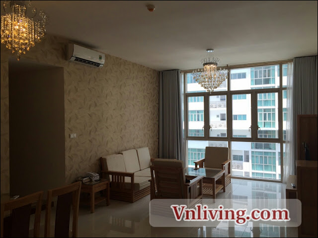 3 Bedrooms The Vista apartment swimming pool for rent